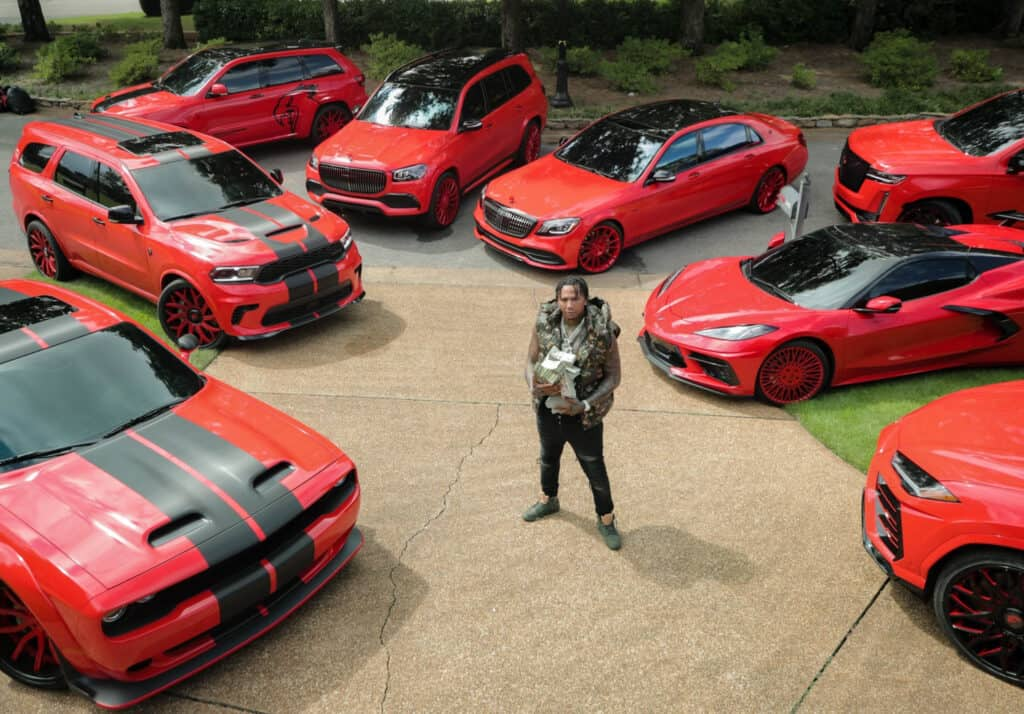 rapper-moneybagg-yo-cars